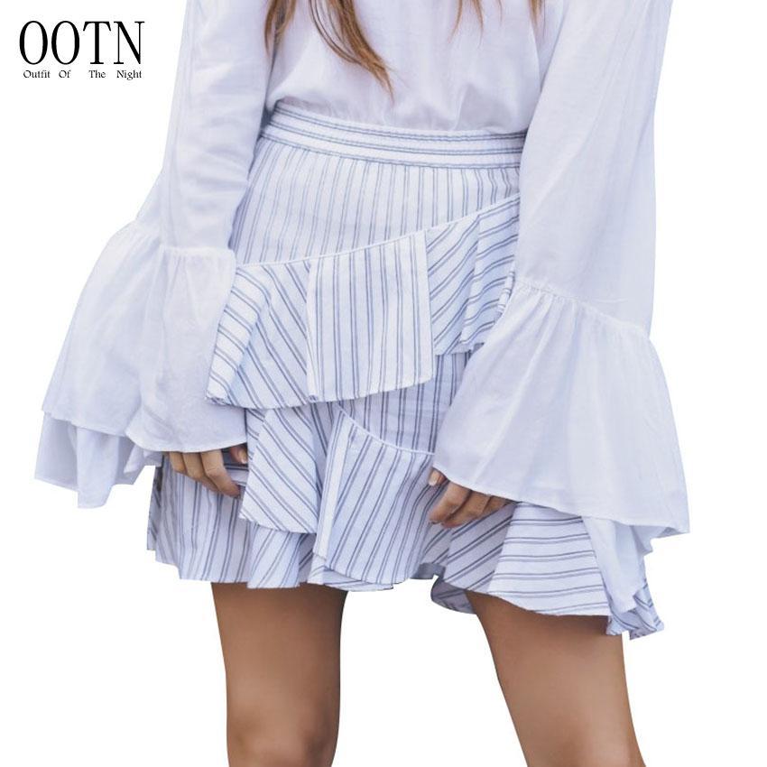 2d5583ae2f Compre OOTN Mini Faldas Cortas Mujeres Irregular Con Volantes Azul Blanco  Faldas Con Cremallera De Rayas Femenina 2018 Verano Asimétrico Elástico  Casual A ...