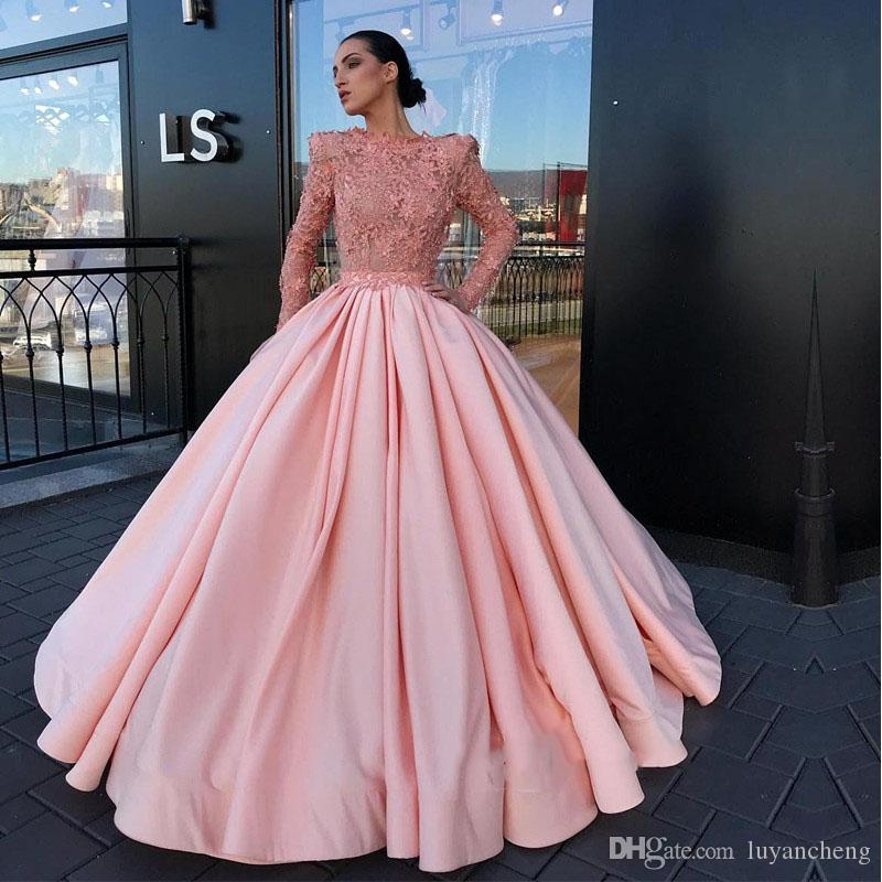 Luxury Ball Gown Evening Dresses 2018 Gorgeous Long Sleeves Appliques  Pearls Women Evening Gowns Elegant Formal Party Dress Red Carpet Dress Cute  Evening ... f5e74bf30e8b