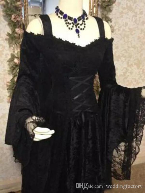 Vintage svart gotiska bröllopsklänningar En linje medeltida från axelremmarna Långärmade Korsett Brudklänningar med Court Train Custom Made