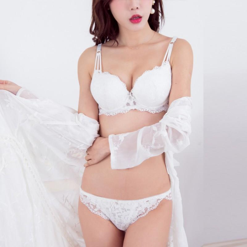 2019 2018 Women Sexy Underwear Set Lace Cozy Embroidered Bra   Brief Sets  Ladies Undies Suits Push Up Bra Lingerie Sets From Yukime 847367a0e
