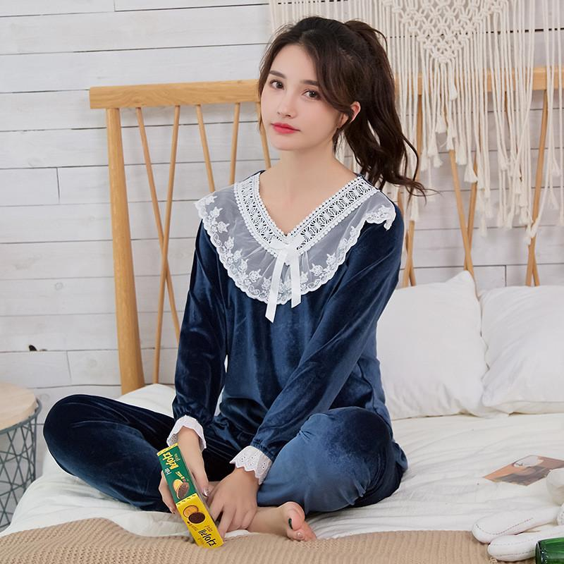 834b6a7e6f 2019 JULY S SONG Gold Velvet Autumn Winter Warm Pajamas Set Women Pajamas  Sleepwear Long Sleeves Leisure Homewear 2 Peice Nightwear From Walkerstreet