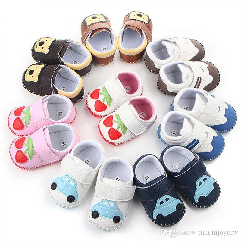 2018 Brand New Warm Boots Newborn Toddler Infant Baby Boys Girls Soft Sole Zapatos de cuna Zapatillas antideslizantes Dibujos animados Primeros caminantes