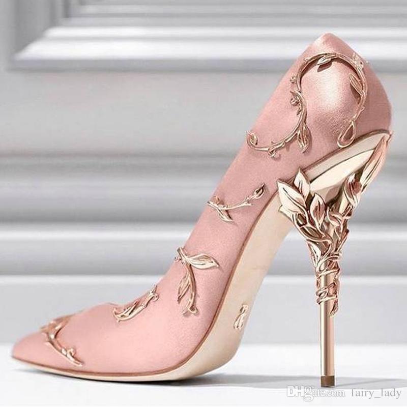 8a6e8f1f49 Calçados Bottero High End Apontou Toe Folha Decorativa Mulheres Bombas  Sapatos De Casamento 2018 Sapatos De Noiva De Salto Alto Vestidos De Baile  De Noite ...