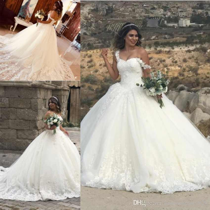eb3f94632bf37 2018 New Cheap Ball Gown Wedding Dresses Off Shoulder 3D Flowers Lace  Appliques Puffy Corset Back Court Train Plus Size Formal Bridal Gowns