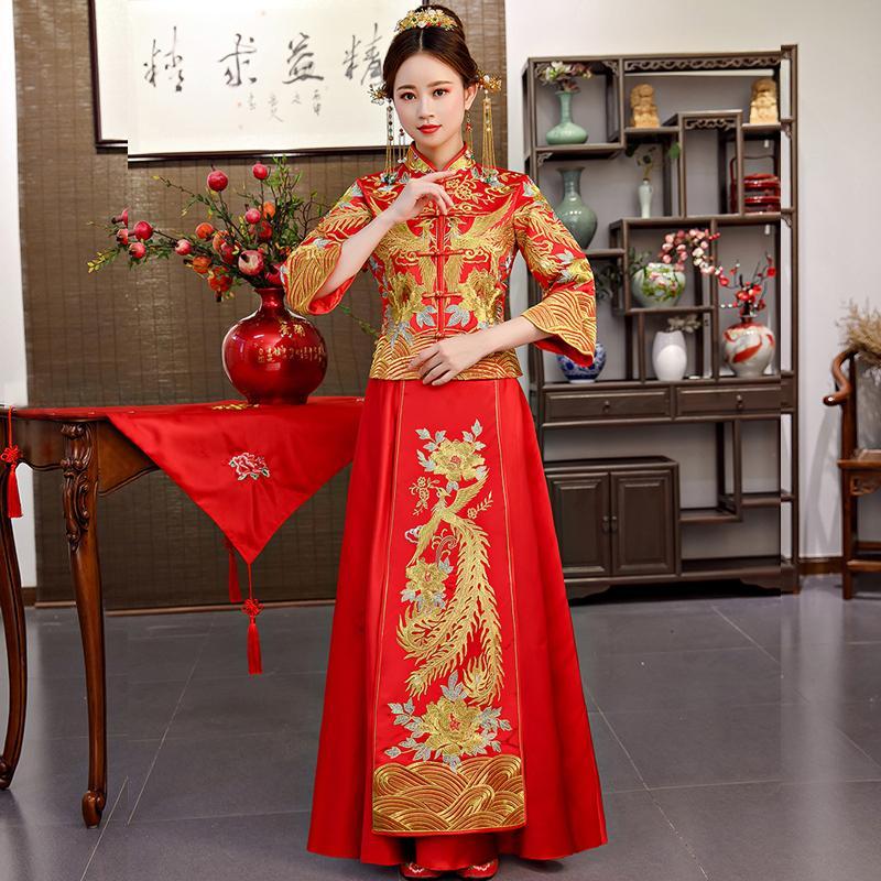 c1bdae0eb Compre Novia Cheongsam Vintage Vestido De Novia De Estilo Chino Vestido De Brindis  Retro Lady Bordado Phoenix Vestido De Matrimonio Qipao Rojo Ropa A  98.03  ...