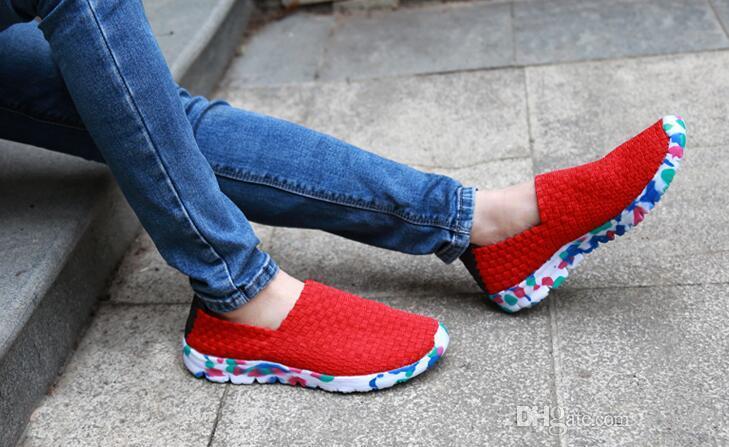 Scarpe da skateboard all'ingrosso-2018 nuove donne scarpe da ginnastica in tessuto tessuto leggero da jogging scarpe sportive all'aperto moda traspirante scarpe basse casuali