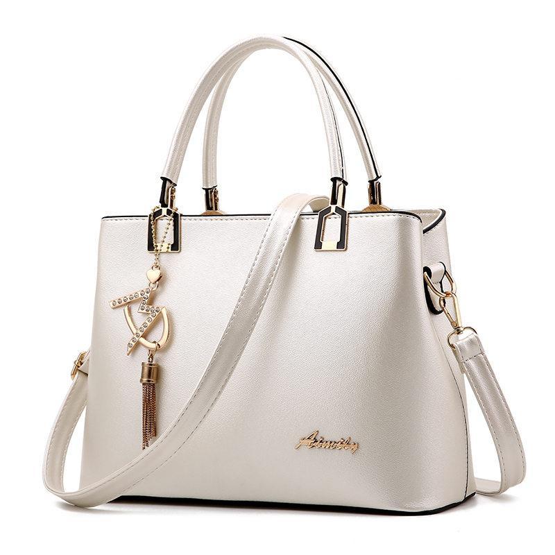 b1970cbc086 Bolso Mujer 2017 Fashion Hobos Women White Bag Ladies Brand Leather ...