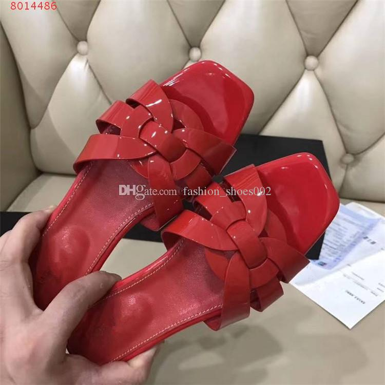 Women Luxury Designer Black Red Yellow Patent Leather Sandals flat Studs Retro Shoes Genuine Leather Brand Summer Slides Slipper casual shoe