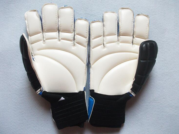Sport soccer brand goalkeeper gloves for men fashion professional football finger gloves men new goalkeeper glove