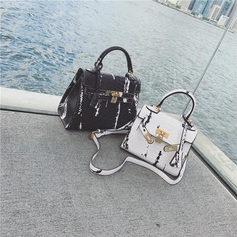 TekiEssica Gold Lock Snake Skin Leather Chain Small Designer Handbags  Ladies Satchels Women Evening Messenger Shoulder Bag Leather Totes Jo Totes  From ... 288e392dec