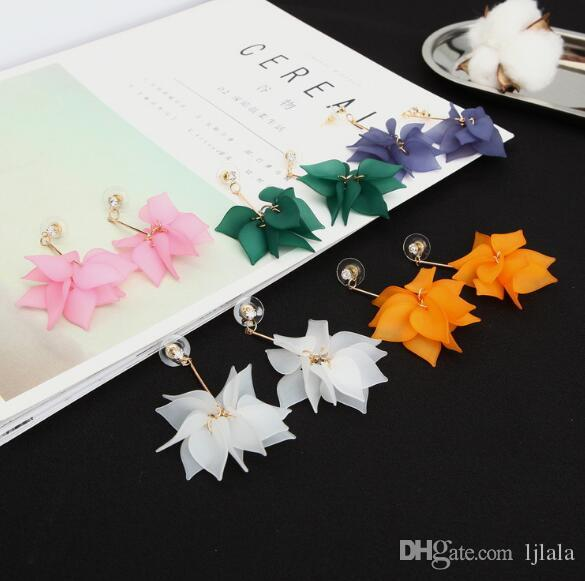 Creative Fashion Pop Fairy Earrings Tender Frosted Multi Layer Petals Snow Lotus Fringed Flower Earrings Female Jewelry Personalized Accesso