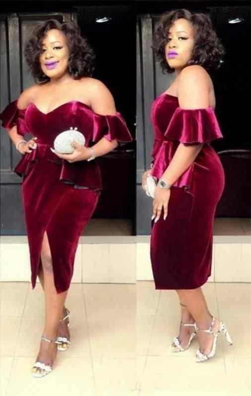 Südafrikanische 2019 New Burgund Velvet Sweetheart Side Split Short Prom Kleider Off Shoulder Zipper Zurück Tee Länge Cocktail Party Kleider