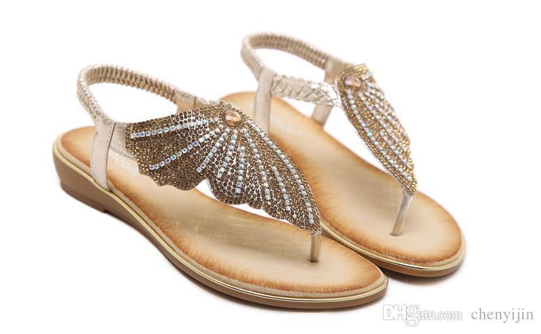 8f953f37bdb Acheter 2018 Nouvelle Mode Strass Beach Sandales Or Noir Grand Code Talon  Plat Ventilation Résistant À L usure Flip Flops Chaussures Femmes Butterfly  De ...
