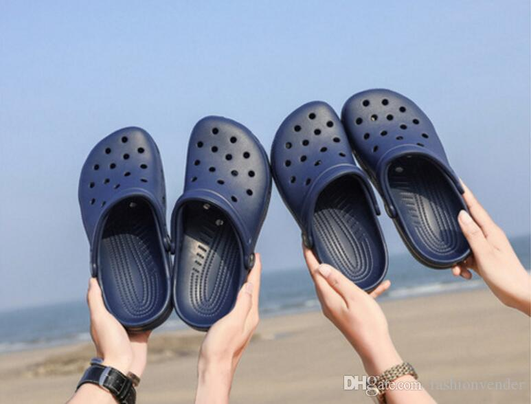 089f5a818e60af Men Women Beach Slippers Summer Rubber Sandals Hole Shoes Mules Flip Flops  Pantufas Chinelos Garden Fashion Eva Zapatos Hombre Fashion Sandals Hole  Slipper ...