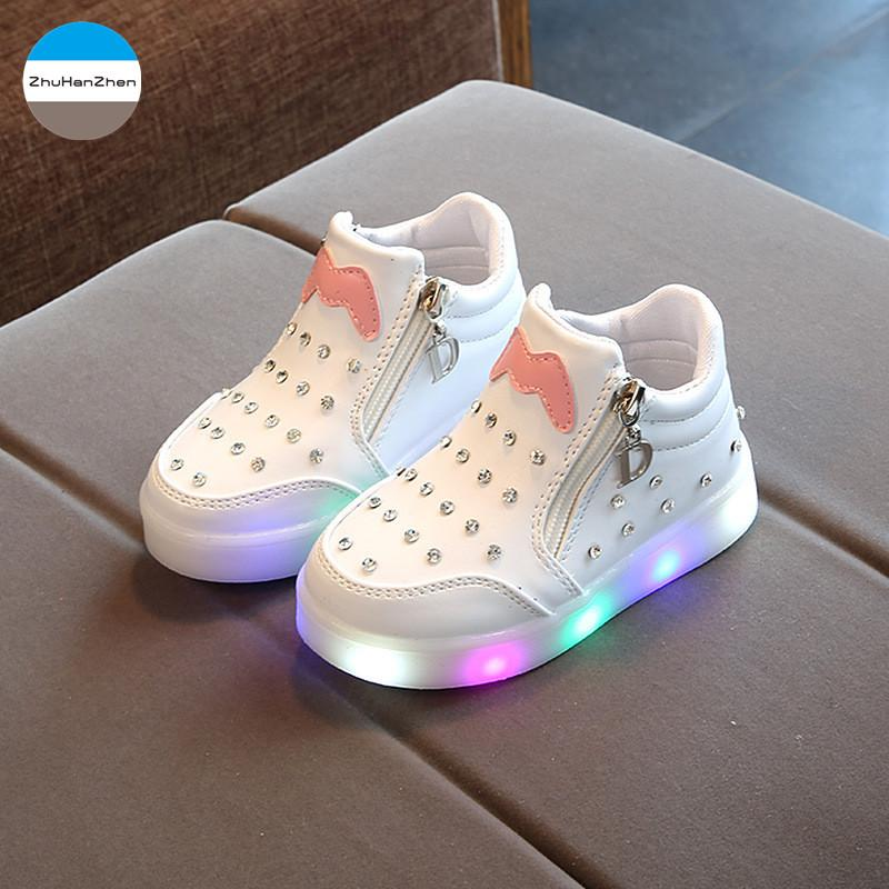 66286c8a7c8408 2018 Baby Girls Fashion Boots LED Lighted Kids Sneakers Good Quality Infant  Casual Shoes Boys Newborn Soft Bottom Shoes Girls Fur Boots Cheap Little  Girls ...