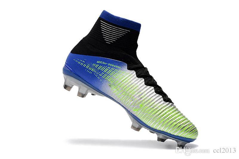 Orijinal Siyah CR7 Futbol Çizmeler Mercurial Superfly V FG Futbol Ayakkabıları C Ronaldo 7 En Kaliteli Gümüş Erkek Futbol Cleats