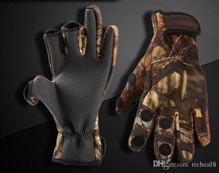 One Pair Camouflage Winter Durable Fishing Gloves 3 Cut Finger Gloves Silicone Anti Slip Waterproof Outdoor Hiking Sports Gloves