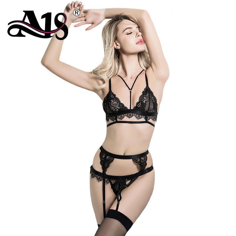 Erotic suspender sets