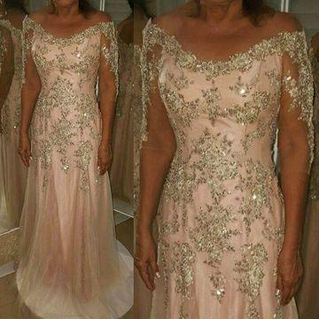 2018 Pink Long Mother of Bride Dresses Off Shoulder Lace Appliques Vintage Evening Gowns Half Sleeve Floor Length Wedding Guest Dress