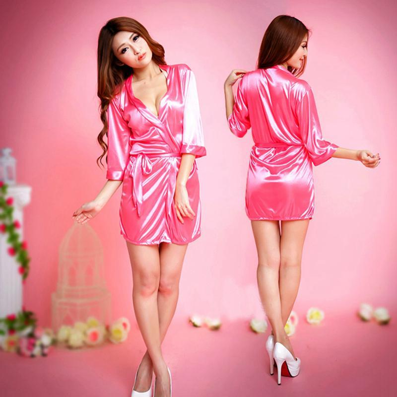 2019 Pink Robes Bridal Party Stain Silk Robes Femme Sexy Porn Bathrobes  Kimono Bridesmaid Bath Robe Lingerie Autumn Black Sleepwear From  Beautyjewly 9a0185cbb