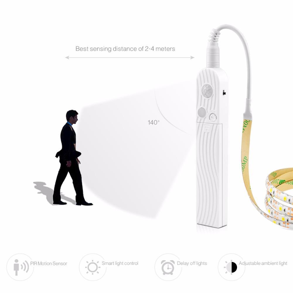PIR Motion Sensor LED Strip / LED Tube Optional luz armario 5V Battery Operated Wardrobe Lamp Night Light Closet LED Tape