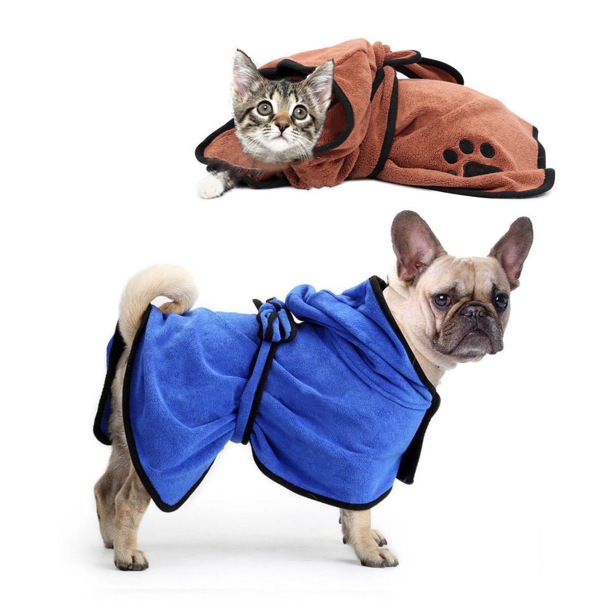 f643fa017f25f Pet собака кошка купальный халат сушки полотенце мягкий быстросохнущие  полотенце из микрофибры Лапа печати сушки ткань с капюшоном