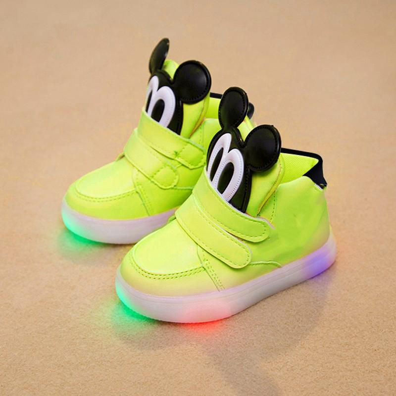 c00705559c0 2018 European Fashion Cute LED Lighting Baby Shoes Hot Sales Lovely Baby  Sneakers High Quality Cool Girls Boys Boots Cushioned Running Shoes Kids  Shoe From ...