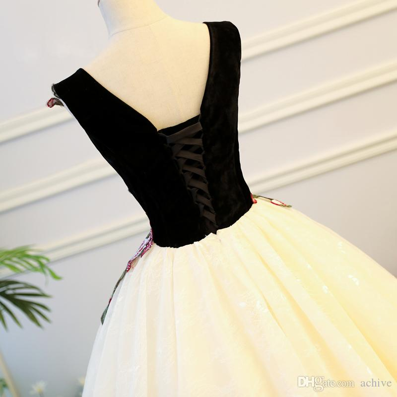 2020 nuovo arrivo sfera abiti da ricamo in rilievo di Quinceanera poco costoso del corsetto lungo Prom Dresses Debuttante abiti del partito 15 anni abito USA UK