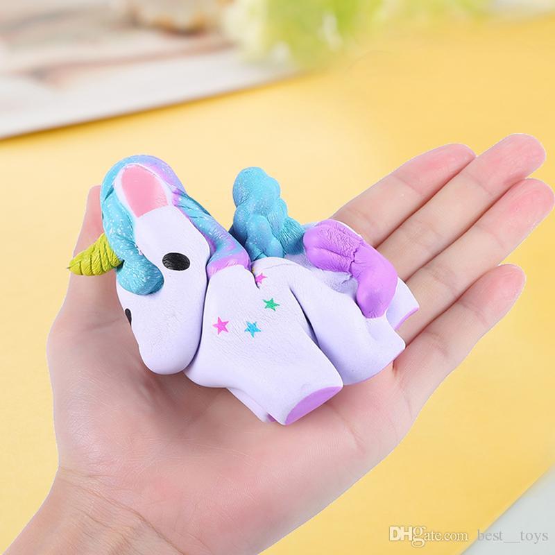 Squishy Oyuncaklar Anahtarlıklar Yavaş Yükselen Jumbo Kawaii Çocuklar Parti için Sevimli Renkli Unicorn Kremsi Kokusu Parti Oyuncaklar Stres Rahatlatıcı Oyuncak