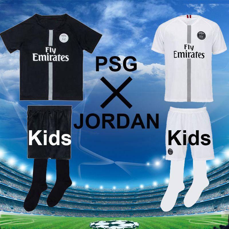 2019 Maillot Kids Psg Black White Maillot 3rd Uniform Psg Soccer Jerseys  Maillot Equipe De MBAPPE CAVANI 18 19 Paris Football Children Kits Socks  From ... c67002e06