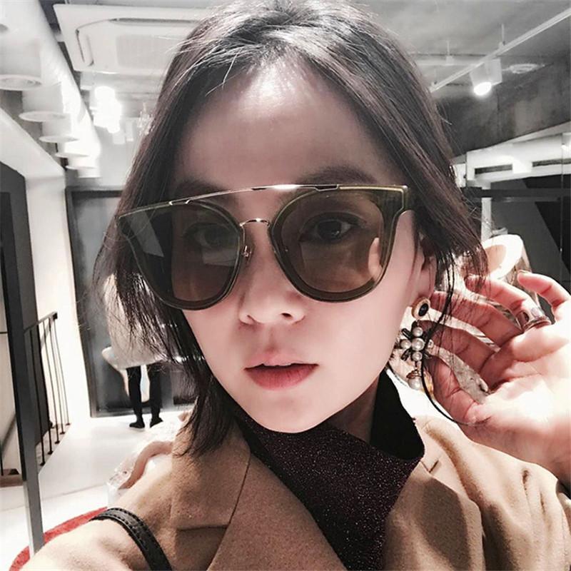 79a0d7f615e2c Compre Moda Óculos Quadrados Óculos De Sol Das Mulheres Dos Homens Das Mulheres  2018 Retro Vintage Gradiente Womens Mens Óculos De Sol Aviador Verão De ...