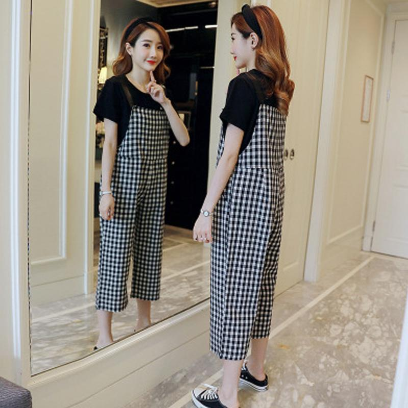 58b1e69bb0ae6 Pregnant Woman Suits Summer New Fashion Maternity Clothes Lattice Suspender  Cropped Pants + Loose T-shirt Breastfeeding Suit
