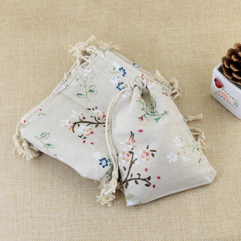 2016 Fashion Leaf Linen Cotton Bag 9.5x13.5cm Drawstring Storage Bags Pouch For Tea Gifts Beads Jewelry Packaging