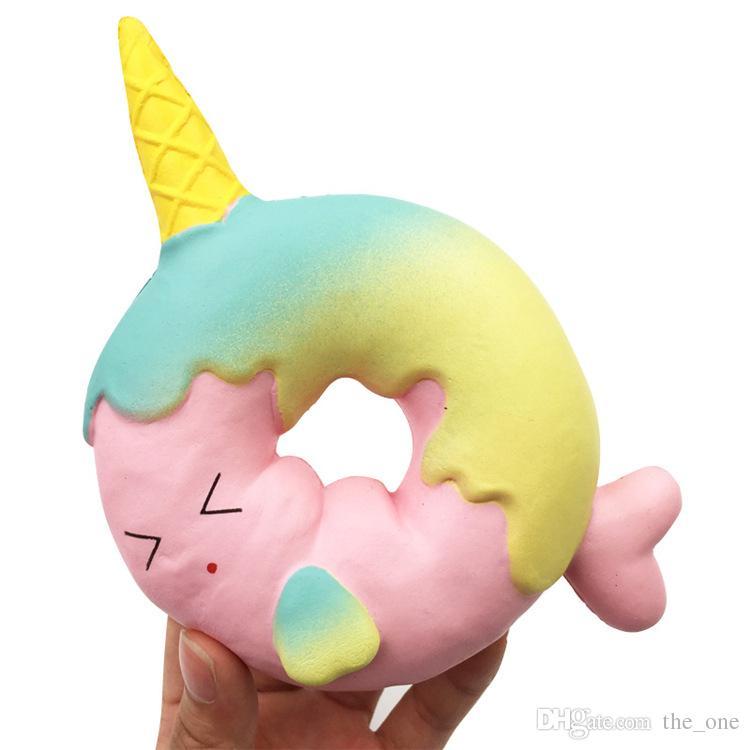 Lindo Arco Iris Unicornio Cara de Pescado Anillo Donut Squishy Creciente Lento Crema Squeeze Suave Perfumada Pan Pastel Juguetes Para Niños Diversión