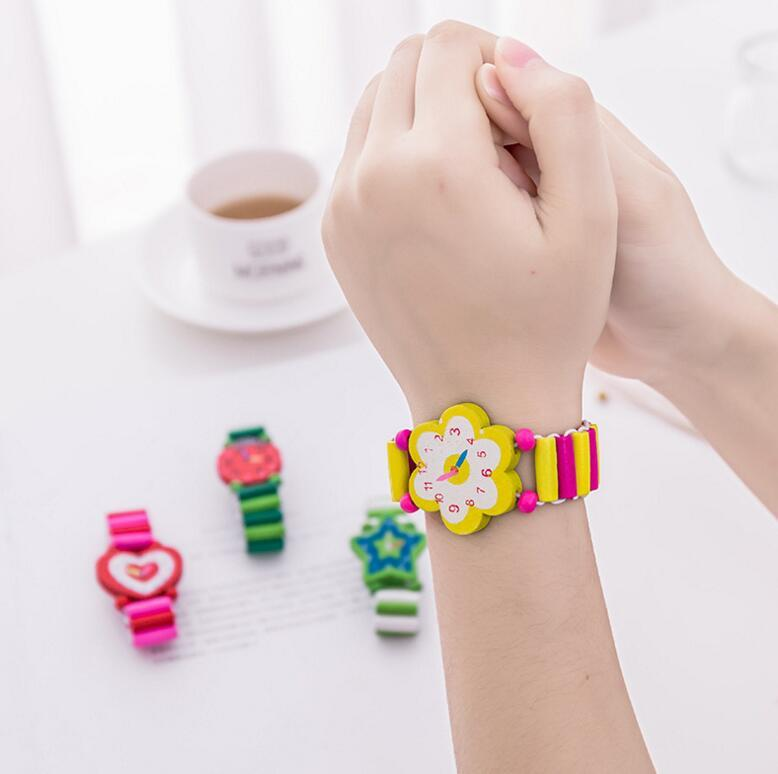 Wooden Cartoon Watch Toys Wooden Crafts Children Student Stationery Gifts Festival Gifts Prizes Factory Outlet