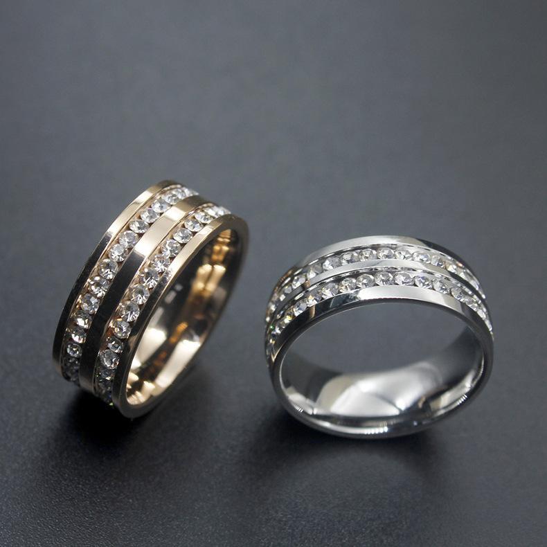 897daebb38e6 Compre Anillo De Diamantes De Imitación De Oro Para Mujer Anillo De  Diamantes De Imitación De Acero Inoxidable Joyería Popular De Alto Grado  Nuevo Estilo ...