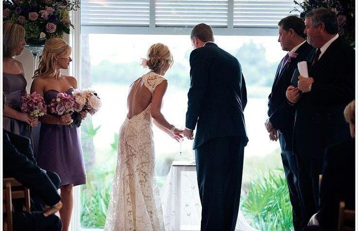 2020 فساتين زفاف كامل الرباط البلد نمط إلى pluging V الرقبة الأكمام كاب ثقب المفتاح خلف خط خمر مخصص أثواب الزفاف