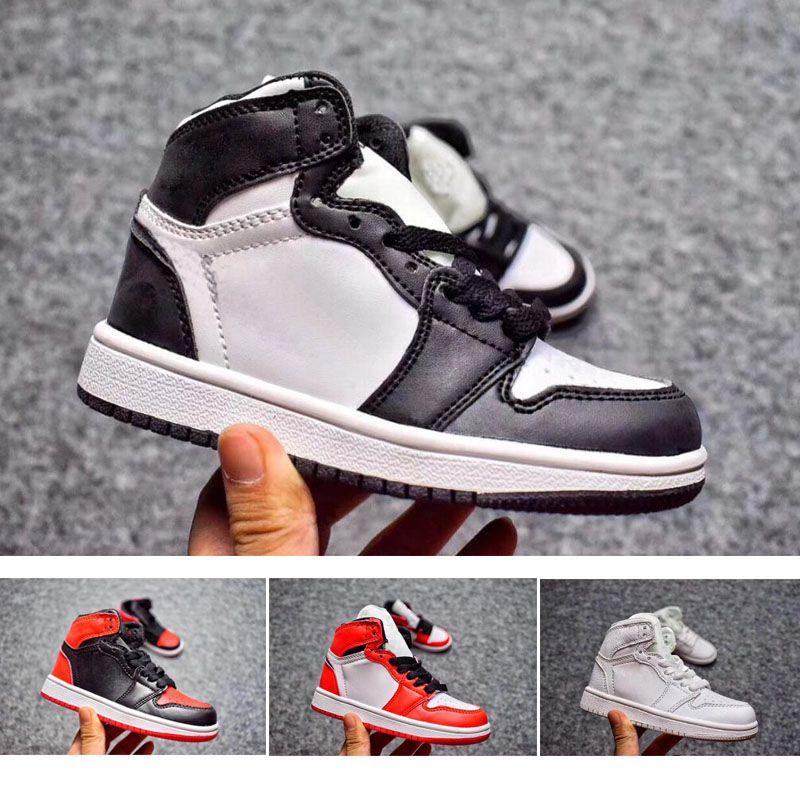 purchase cheap 4baee d96c4 Großhandel Nike Air Jordan 1 3 12 Retro Kinder Geburtstagsgeschenk 1s  Basketball Schuhe Kinder Jungen Mädchen 1 Gezüchtet Schwarz Rot Weiß  Sneakers Jungen ...