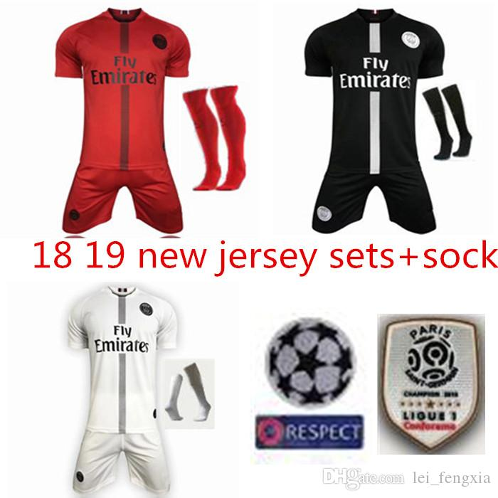 Compre 18 Camisetas MBAPPE Conjunto De Uniformes De Camiseta De Fútbol PSG  2018 Paris CAVANI Saint Germain DANI ALVES Maillot De Foot Kit De Camiseta  De ... 954ba1079d9