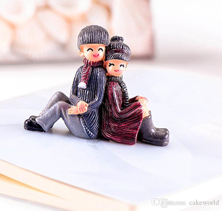1 pz grande Back to back coppia fairy garden miniature gnome moss terrarium decor resina del fumetto artigianato bonsai home decor cupcake topper