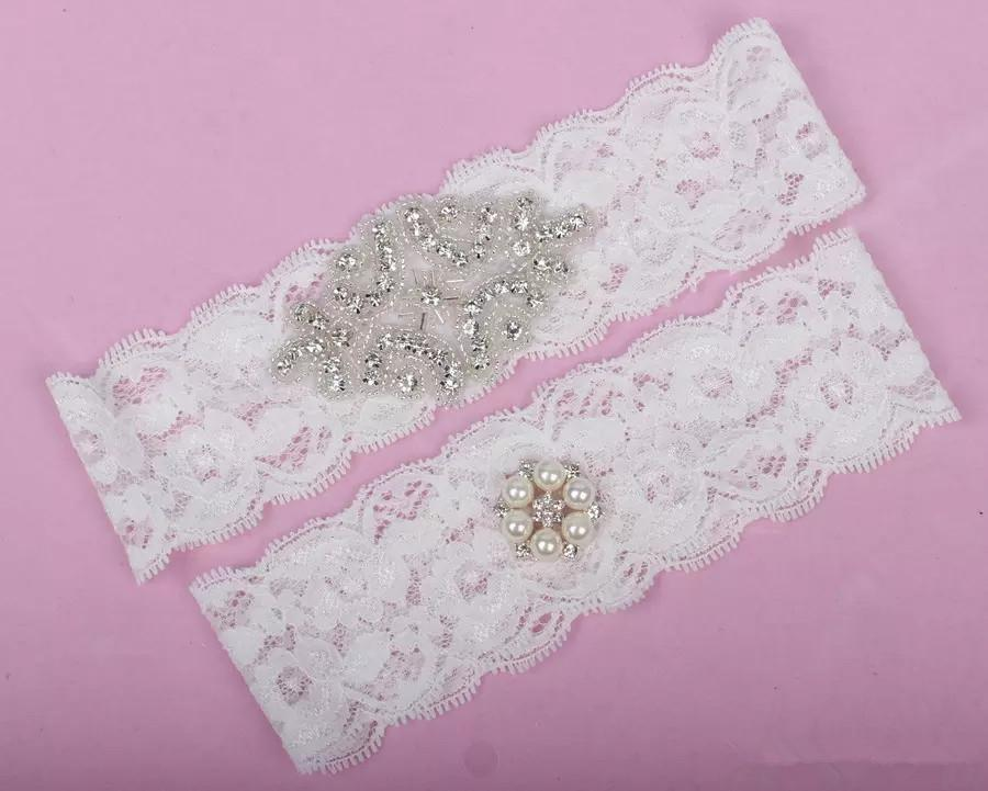 Cheap Wedding Leg Garters Plus Size Lace Bridal Garters Crystals Pearls Lace Wedding Garters for Bride Belt Real Picture