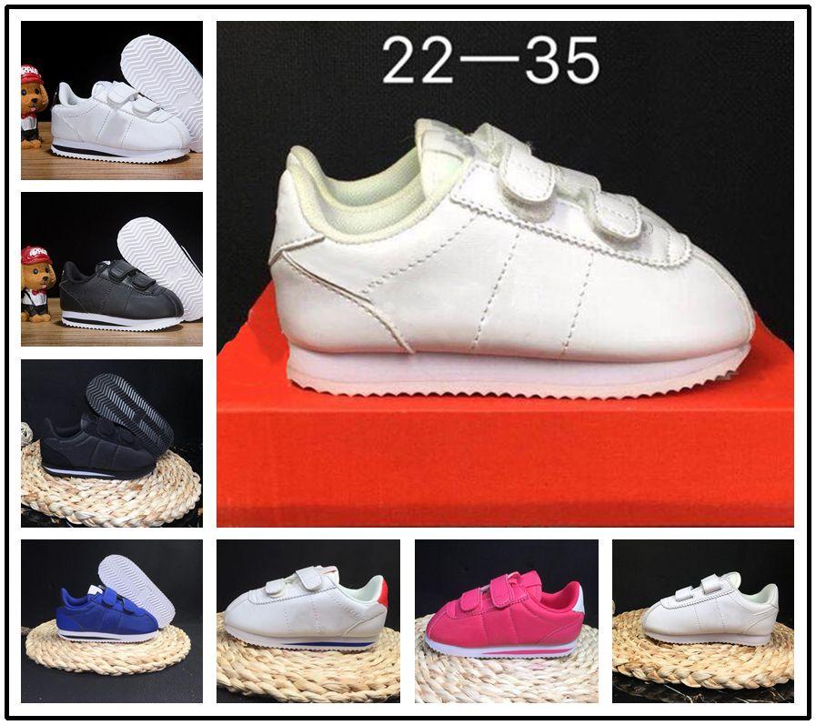 Kinder Nike Schuhe Turnschuhe 22