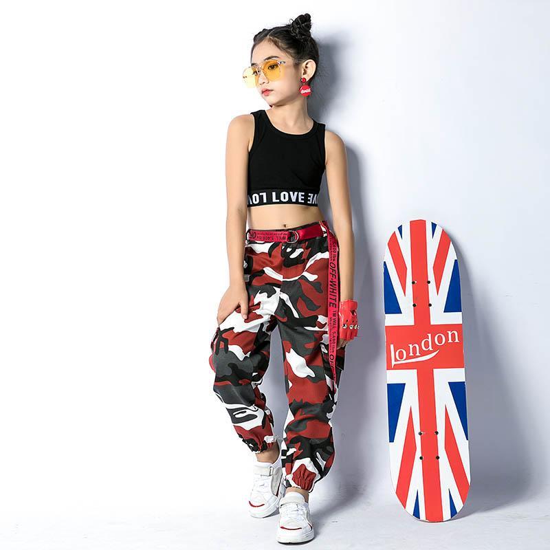 Compre Trajes De Baile De Jazz Niñas Chaleco Negro Pantalones De Camuflaje  Rojo Ropa De Hip Hop Niños Ropa De Baile Callejero Demostración Desgaste  DN2531 A ... a797b7362e8