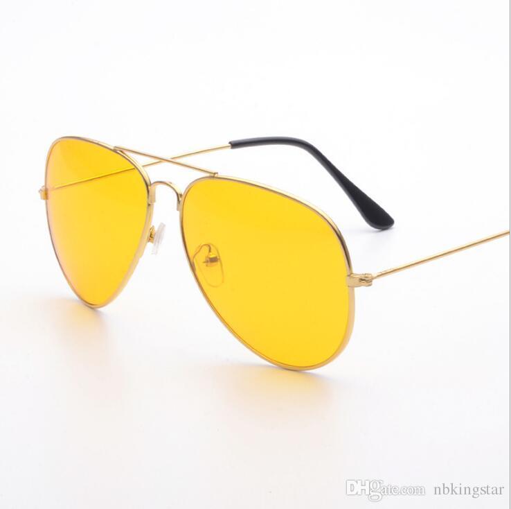 a4310760bdc35 Compre Retro Visão Noturna Piloto Aviador Óculos De Sol Condução Amarelo  Lens Vision Driver Óculos De Segurança Para Homens 12 Pçs   Lote Frete  Grátis De ...