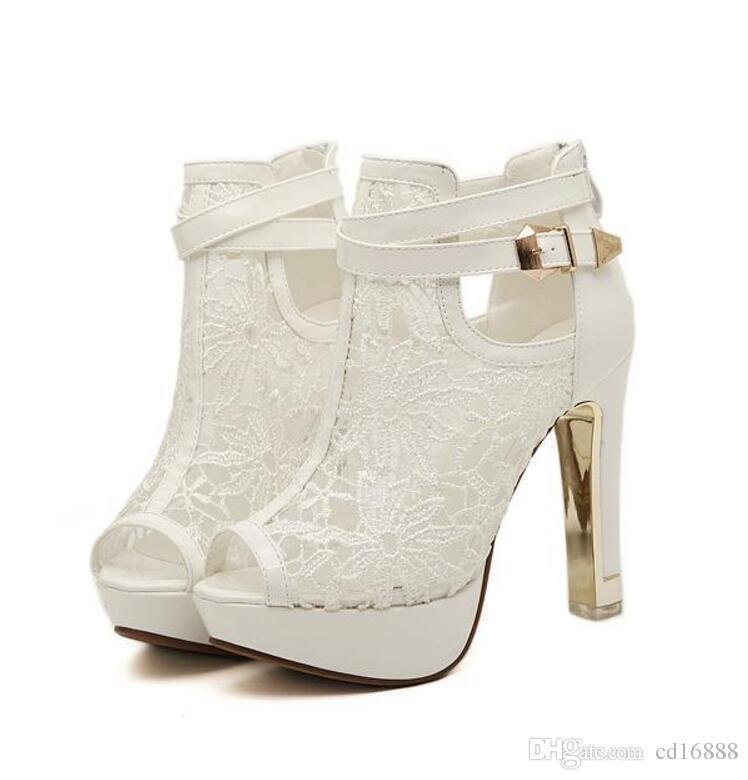 2018 nuevos zapatos de verano boca de pescado sandalias de cuero de la PU del tobillo botas de banquete temperamento de la muchacha zapatos sandalias de mujer más sandalias de la manera del tamaño