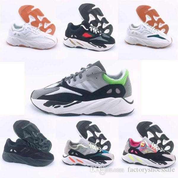 f6c43e4c4 2018 New 700 Runner 2018 New Kanye West Wave Mens Women Athletic Best  Quality 700s Sports Sneakers Shoes Casual 36 45 Shoes For Sale Cheap Shoes  Online From ...
