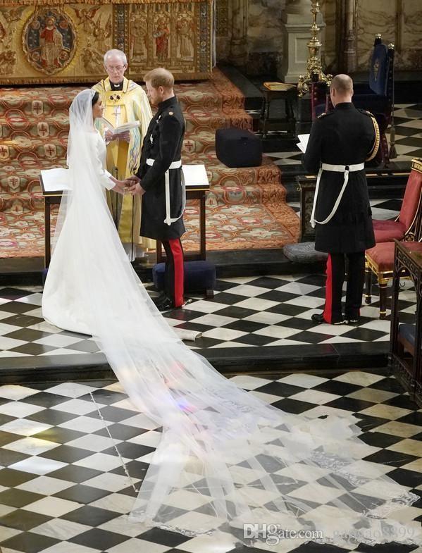 HarryMeghan Markle Vestidos De Casamento Novo 2019 Bateau Pescoço Mangas Compridas Simples Vestidos De Noiva De Cetim Longo Varredura China Nupcial Vestidos Personalizados