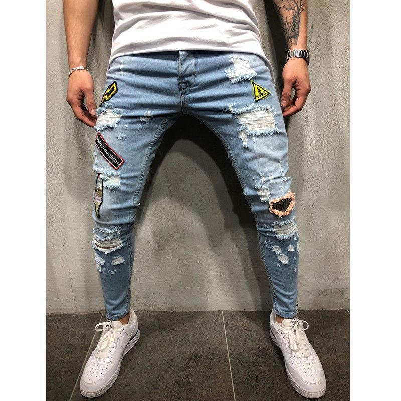 5ede36d1d Compre Pantalones Para Hombre Pantalones Vaqueros Desgarrados Regular Slim  Fit Azul Nuevo Con Etiqueta Pantalones Cartton Símbolo Parche Pantalón  Vaquero ...