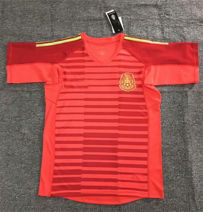 2019 Thailand MEXICO Red Goalkeeper SOCCER JERSEYS OCHOA Jersey LOZANO DOS  SANTOS HERRERA LAYUN 2018 Mexico Football Shirt Camiseta Futbol From ... a5b3cc29a