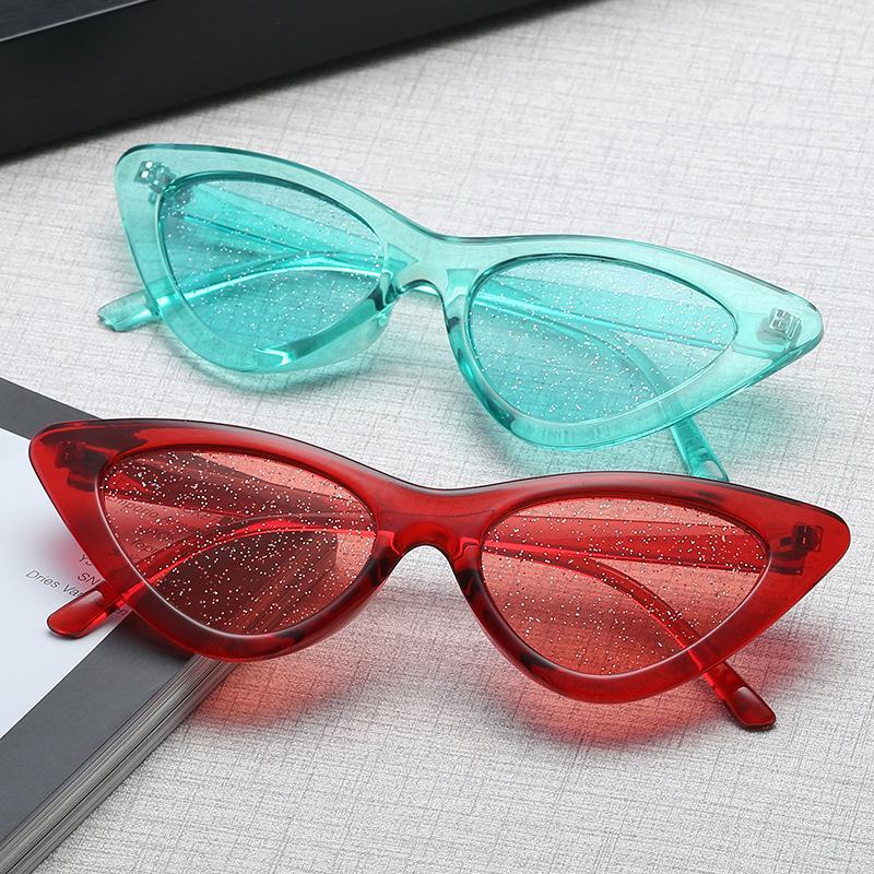 22772fcbd3 Compre YOOSKE Pequeño Cateye 90s Gafas De Sol Mujeres 2018 Vintage Cat Eye  Glasses Frame Tinte Sexy Shiny Lens Gafas De Sol Tonos Para Mujer A $22.66  Del ...